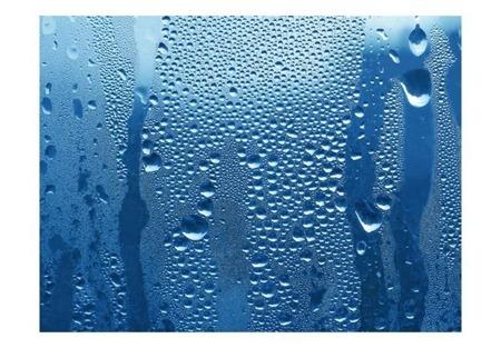 Fototapeta - Krople wody na niebieskiej szybie